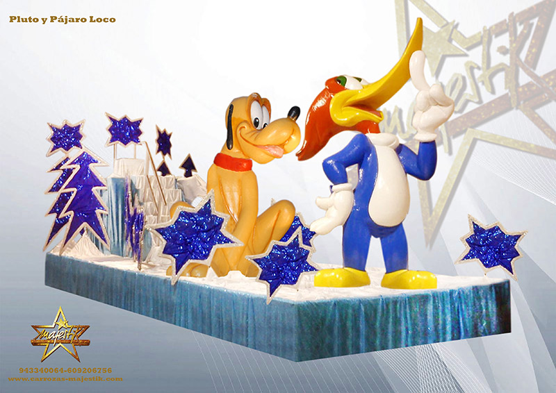 carroza infantil con figuras de pluto y pájaro loco